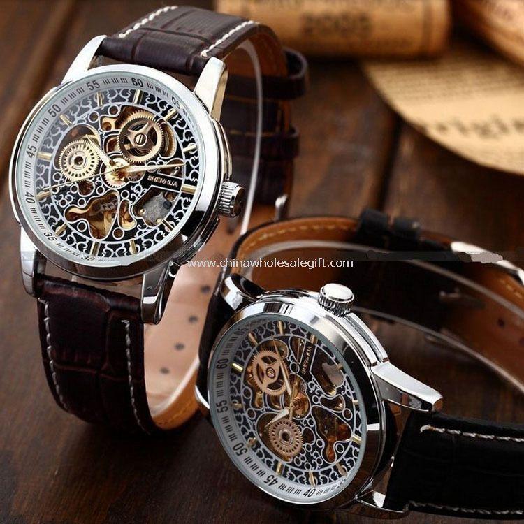 Man business mechanical watch