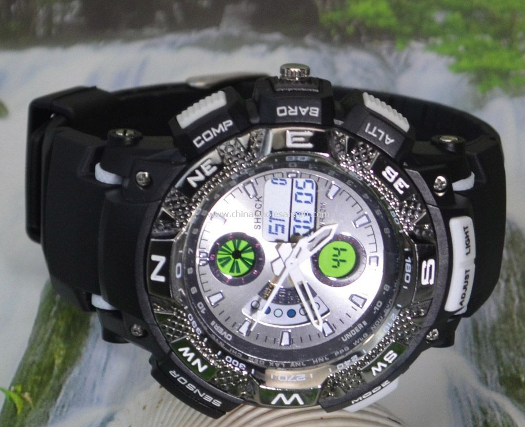 Double movement sports watch