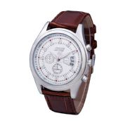 Business men watch images