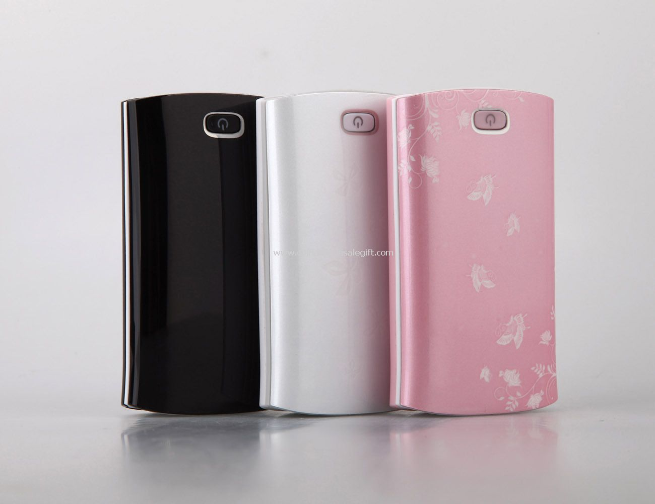 5600mah built in cable power bank