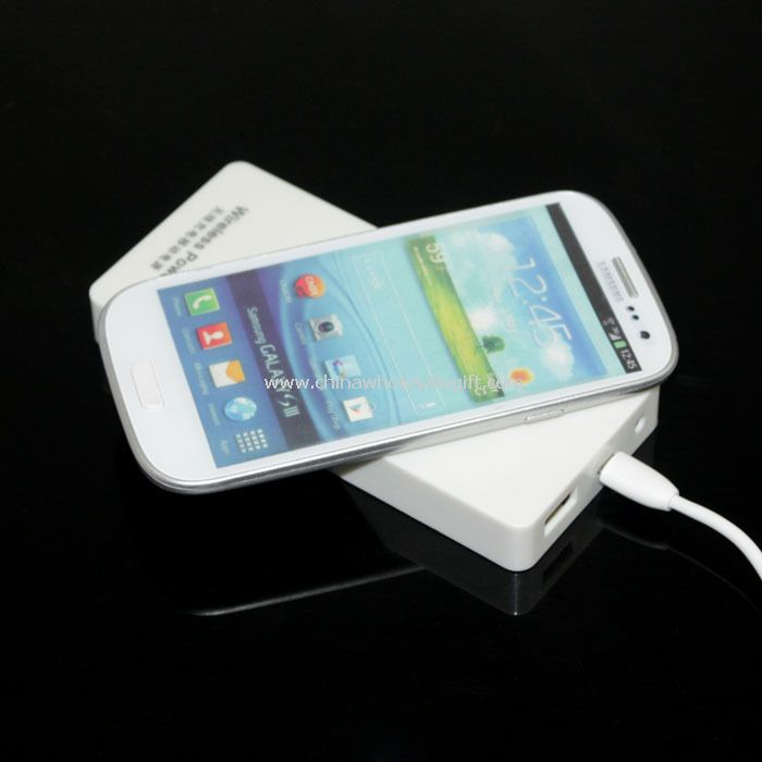 QI Wireless Charger Power Bank 5000mAh