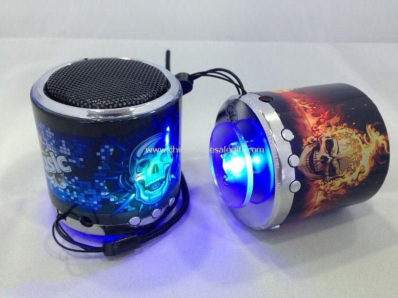 Sport mp3 speaker skull speaker car speaker Support tf card FM audio