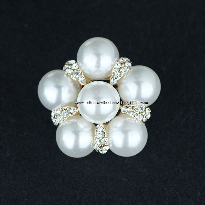 Bling and shining rhinestone with pearls brooches