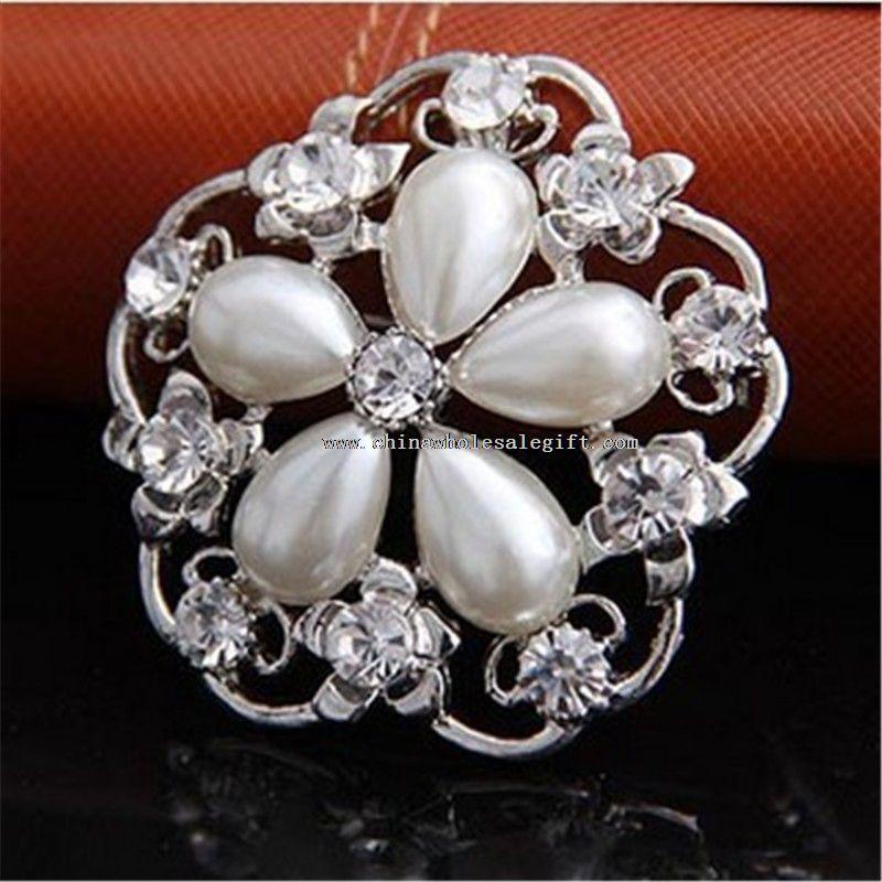 elegant jewelry brooch