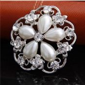 elegant jewelry brooch images