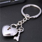 Heart and Key Metal keychain images